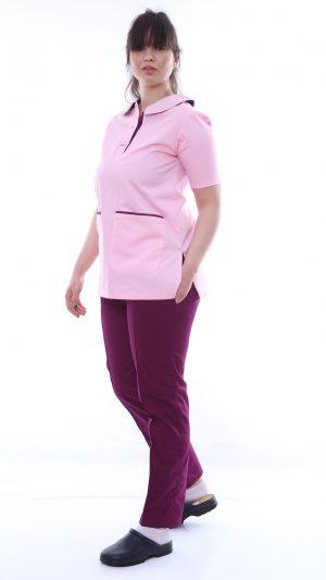 costum medic in doua culori
