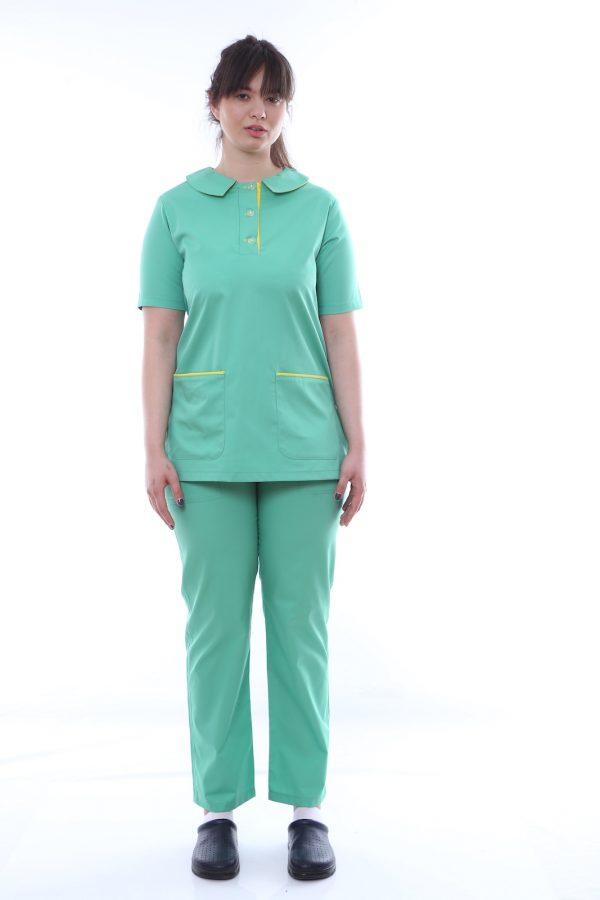 uniforma medic verde