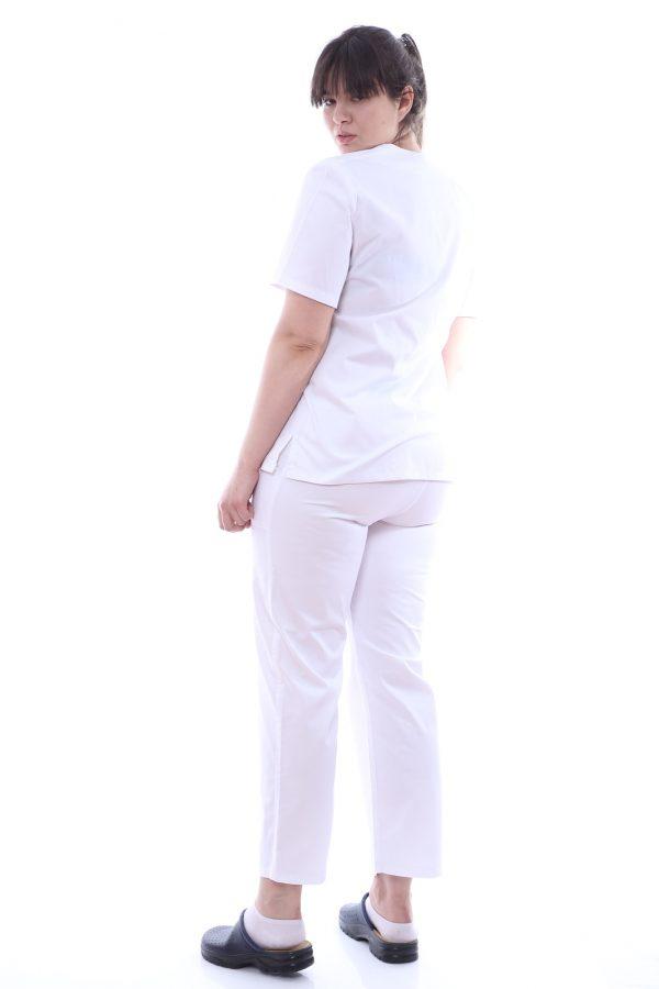 costum medic culoare alb