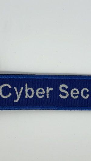 broderie breloc cyber fata