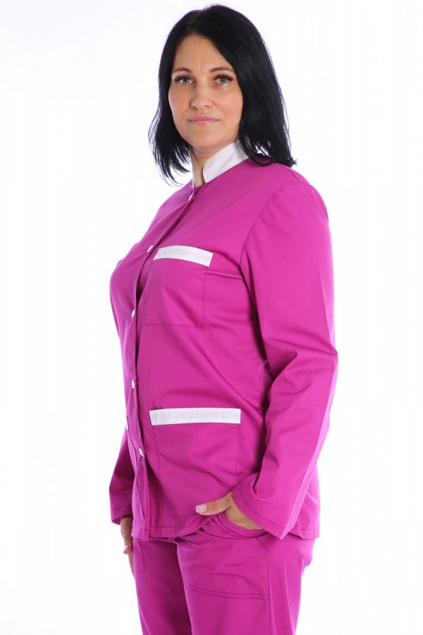 halat medical roz cu garnituri albe